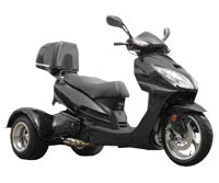 Ice Bear Eagle 150-7 Trike Scooter (Color: Black)