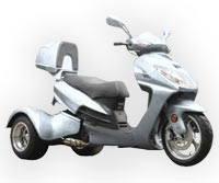 Ice Bear Eagle 150-7 Trike Scooter (Color: Silver)
