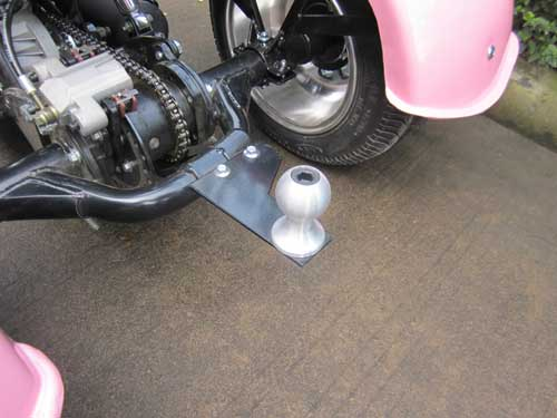 Included ball hitch can tow up to 66 pounds..